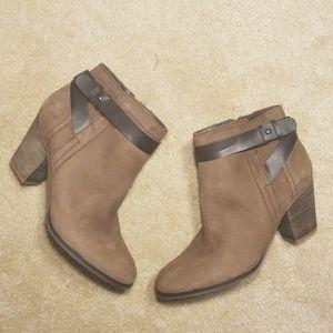 cb588fe9840f Franco Sarto brown boots Size 9M